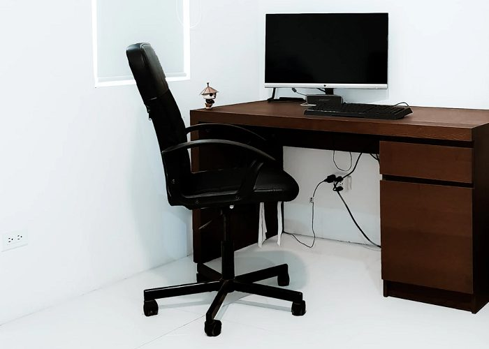 Sedie ergonomiche e standing desk per smart working